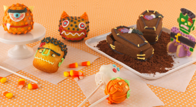 Halloween-Cake-and-Cookies